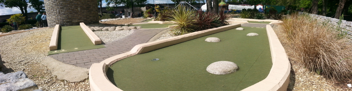 Mini Golf in Alexandra Gardens Windsor